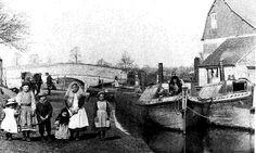 NB's 'Forget Me Not' & 'Water Lily' and Powell family, Braunston GUC 1913