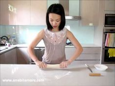tutorial: how to make steamed dumplings - YouTube