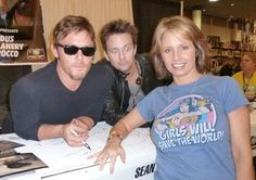 LMAO the look on Flanery's face! Norman Reedus, Saints, That Look, Geek Stuff, Couples, Face, Eyes, Stones, Geek Things
