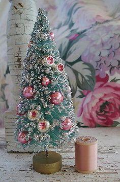 VINTAGE AQUA PINK MERCURY GLASS INDENT ORNIES BEADS CHRISTMAS BOTTLE BRUSH TREE