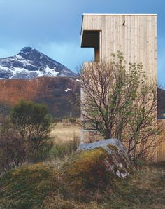 Lofoten bird watching towers // observation posts in the landscape - arkitektur Architecture Awards, Architecture Details, Landscape Architecture, Bothy, Tower House, Bike Shed, High Walls, Lofoten, Bird Watching