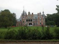 Znalezione obrazy dla zapytania polskie zamki i pałace