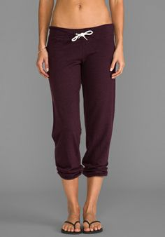 This should be about pants but it is really about an admirable stomach Comfy Pants, Fancy Pants, Kids R Us, Running Skirts, Fashion Outfits, Womens Fashion, Going Out, Cute Outfits, Cozies