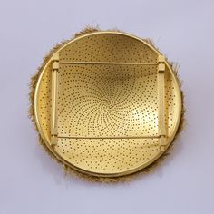 Gold Brooch, by Giovanni Corvaja (back view)