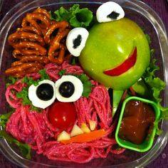 Familius | 26 Mind-Blowing Bento Boxes: The Muppets