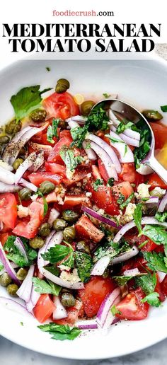 Mediterranean Tomato Salad This Easy, Healthy, Tomato Salad Is Studded With Fresh Mediterranean Flavors To Eat A Simple Side Salad Or A Topping For Chicken, Fish, Steak Or Pork. It Goes With Everythingits Like The Salad Version Of The Bachelorette. Mediterranean Salad Recipe, Easy Mediterranean Diet Recipes, Mediterranean Dishes, Fruit Salad Recipes, Chicken Salad Recipes, Salad Recipes To Go With Fish, Salad Recipes Easy Lettuce, Recipes For Tomatoes, Balsamic Salad Recipes