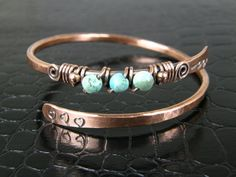 Hammered Copper Wire Bangle With Turquoise Beads, Antiqued Copper Bangle, Arrow & Heart Bracelet
