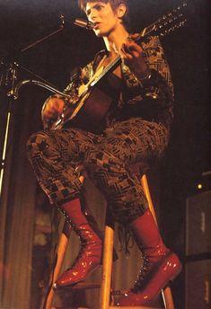 vezzipuss.tumblr.com — David Bowie, Circa 72.
