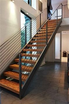 Discover recipes, home ideas, style inspiration and other ideas to try. Home Stairs Design, Railing Design, Interior Stairs, Loft Design, House Design, Steel Stairs Design, Design Design, Staircase Railings, Stairways