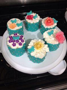 Gluten free mini cakes