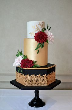 http://thepromiseni.com/promise-picks-winter-wedding-cakes/