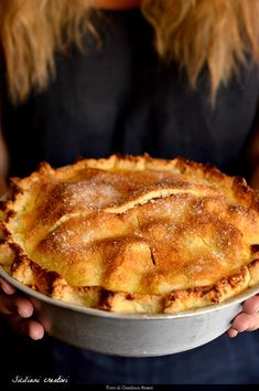 2 hours · Serves 6 · The original recipe of apple pie, American Pie whole apples depopulated everywhere. All my secrets for a perfect apple pie. Apple Pie Recipes, My Recipes, Sweet Recipes, Dessert Recipes, American Apple Pie, Perfect Apple Pie, Italian Cake, Recipe Mix, Sweet Pie