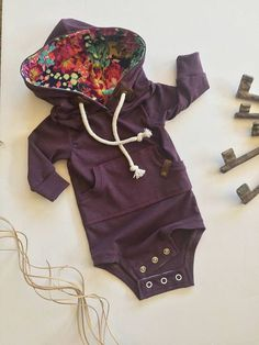 Baby bodysuit baby hoodie baby sweatshirt gender neutral Tap the link now to find the hottest products for your baby! Outfits Niños, Baby Outfits, Kids Outfits, Newborn Outfits, Spring Outfits, Fashion Outfits, Baby Girl Fashion, Fashion Kids, Style Fashion