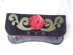 Plic Etno - chic nr 3 (120 LEI la josephine.joe.breslo.ro) Ethno Style, Continental Wallet, Sunglasses Case, Chic, Bags, Fashion, Shabby Chic, Handbags, Moda