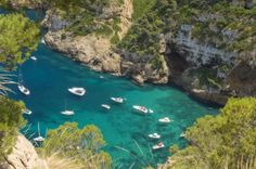 Una de les merabelloses cales que te Xabia Great Places, Places To See, Places Ive Been, Beautiful Places, Javea Spain, Alicante Spain, Moraira, Spain Travel, Study Abroad