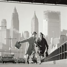 Norman Parkinson, East River, GO Magazine, NYC, 1960