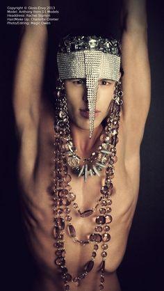 stolen robber jewel fashion
