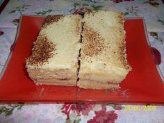 Massa:  - 6 ovos  - 1 e ½ xícara (chá) de açúcar refinado  - 100g de manteiga  - 1 e ½ xícara (chá) de farinha de rosca  - 1 colher (chá) fermento em pó  - 6 colheres de sopa de canela em pó.  - Cobertura:  - 1/2 lata de leite condensado  - 2 gemas  - 30 g de margarina  - 1/2 xícara de leite  - 1 pitada de sal  - 1 pitada de canela  - 3 pedaços de canela em pau  -