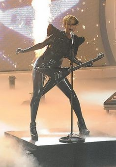 Rihanna wearingCamilla Skovgaard Booties  American Idol Performance April 07 2010