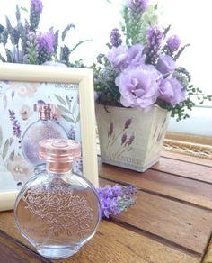 Glamour Decor, Dior Perfume, Mary Kay, Glass Vase, Fragrance, Bottle, Pretty, Photoshop, Tags