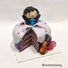 SHERLOCK (BBC) cake [by Cumbercupcakes]