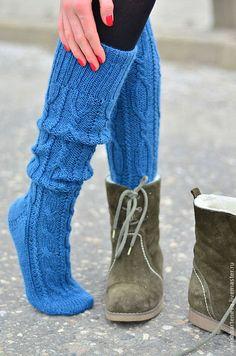 Cable Knit Socks, Knitting Socks, Knitted Socks Free Pattern, Knitting Patterns, Thigh High Socks, Knee Socks, Crochet Leg Warmers, Knit Crochet, Adventure Outfit