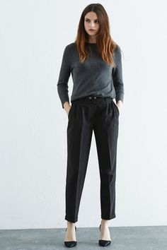 Can't go wrong with classic black trousers. Goes with everything including the mood your in! Black Trousers, Trousers Women, Black Shorts, Denim Shorts, Joggers Womens, Black Belt, Work Wear, Normcore, Warehouse