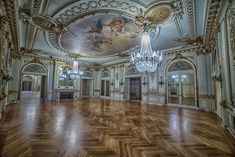 Photographer Kris Catherine gives an exclusive look inside the opulent mansions of Elkins Estate Old Mansions, Mansions For Sale, Abandoned Mansions, Abandoned Houses, Abandoned Places, Architecture Old, Historical Architecture, Architecture Details, Lynnwood Hall