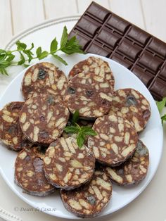 Salam de biscuiti - Desert de Casa.ro - Maria Popa Biscuit, Cookies, Crack Crackers, Biscuits, Crackers, Cookie Recipes, Cookie, Sponge Cake, Cake