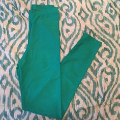 NWT American Apparel Nylon Tricot Legging American apparel green leggings. Never been worn. New with tags. Color is Serpent American Apparel Pants Leggings