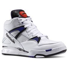 Enjoy cutting edge footwear for less at the Reebok Men's Shoes & Trainers Outlet. Click now to discover more at the Reebok Official Shop. Retro Sneakers, Classic Sneakers, Shoes Sneakers, Tenis Basketball, White Reebok, Pumps, Shoes Outlet, Adidas, Shoe Game
