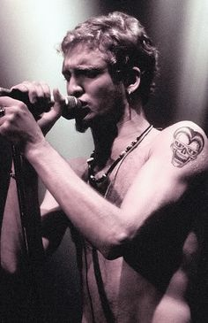 Layne Staley <3 --my (unhealthy) obsession. <3