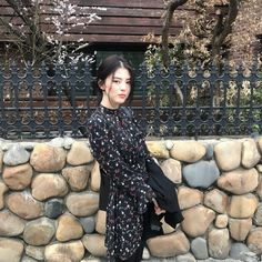 Girl Crushes, Beautiful Asian Girls, Beautiful People, Light Blue Aesthetic, Girls Foto, Cute Poses For Pictures, Ulzzang Girl, Korean Beauty, Korean Girl