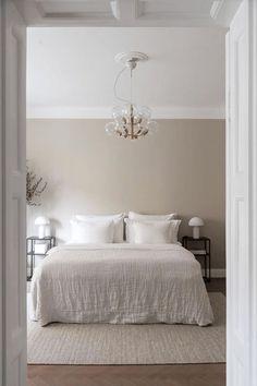 Room Ideas Bedroom, Home Decor Bedroom, Room Interior, Home Interior Design, Beige Room, Minimalist Home, Minimalist Christmas, New Room, Home And Living