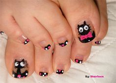 those tough dudes out there need to paint their nails like this!!!!!!!!!