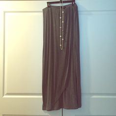 Apt. 9 gray scalloped maxi skirt This skirt is so comfortable. The elastic waist allows for you to change up the look with this maxi skirt. The scalloped finish allows for a peek at your cute shoes.  Apt. 9 Skirts Maxi
