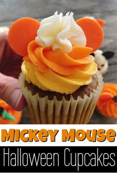 How to make Mickey Mouse Halloween Cupcakes will definitely give you ideas on how to bring some Disney Halloween magic into your kitchen! They are easy for kids and adults to make! #disney #mickeymouse #cupcakes #halloween #halloweencupcakesideas #halloweencupcakesdecorations #dessert #kids Mickey Mouse Halloween, Halloween Birthday, Disney Halloween, Halloween Diy, Halloween Costumes, Halloween Recipe, Women Halloween, Halloween Projects, Halloween Halloween