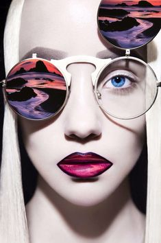 The World Of The Senses is a high fashion photography series by Chinese photographer Huainan Li. The talented photographer from Beijing combines stunning . Foto Fashion, Fashion Art, Fashion Portraits, Fashion Collage, Trendy Fashion, Fashion Models, Style Fashion, Vintage Fashion, Womens Fashion