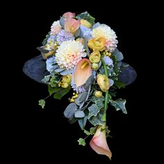 Funeral, Flower Arrangements, Crafts For Kids, Floral Wreath, Wreaths, Birthday, Party, Flowers, Home Decor