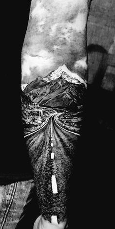 Pomysły na tatuaż Trendy tattoo nature sleeve mountain beautiful Ideas Forarm Tattoos, Cool Forearm Tattoos, Leg Tattoos, Body Art Tattoos, Sleeve Tattoos, Cool Tattoos, Tatoos, Mountain Sleeve Tattoo, Nature Tattoo Sleeve