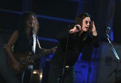 http://www1.pictures.zimbio.com/gi/Kirk+Hammett+25th+Anniversary+Rock+Roll+Hall+B7MlZbn-WJQl.jpg