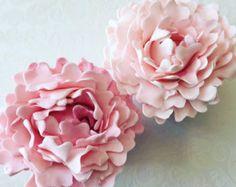 https://www.etsy.com/listing/252706164/4-peony-fondant-flowers-iii-4-peony?ref=shop_home_active_31