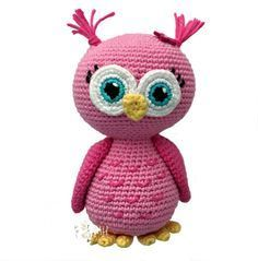 Cute Crochet Patterns Amigurumi Pink owl free crochet pattern - This crochet pattern for a pink amigurumi owl is absolutely free! This cute owl make the perfect gift for that little girl or boy and is completely ready for snuggles! Owl Crochet Patterns, Crochet Birds, Owl Patterns, Cute Crochet, Crochet Animals, Crochet Hearts, Crochet Butterfly, Crocheted Flowers, Crochet Ideas