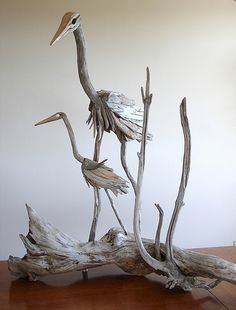 Influenced naturally and by the diversity of the surrounding, Vincent Richel has generated driftwood sculptures, attempting to mimic the nature. Driftwood Furniture, Driftwood Projects, Driftwood Sculpture, Driftwood Art, Sculpture Art, Ribbon Sculpture, Marine Debris, Black And White Posters, Wood Creations