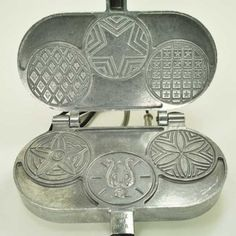The Palmer 3000 Pizzelle Iron bakes three small diameter pizzelle at a time, thick.Casting made of year limited warranty on electrica Pizzelle Maker, Pizzelle Cookies, Pizzelle Recipe, Best Waffle Recipe, Waffle Iron Recipes, Belgian Waffle Iron, Happy Kitchen, Kitchen Shop, Healthy Waffles
