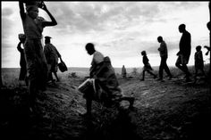 Rwandan refugee camp, in the region of Ngara, near the RWANDA border Magnum Photos Photographer Portfolio Tanzania, Black White Photos, Black And White, Photographer Portfolio, French Photographers, Political Science, Magnum Photos, The New Yorker, How To Find Out