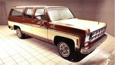 1978 GMC SUBURBAN 4 DOOR SUV  $14,300