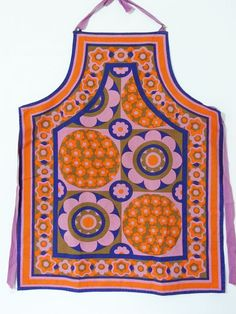 Hey, I found this really awesome Etsy listing at https://www.etsy.com/listing/212980669/vintage-apron-pinnie-flower-power