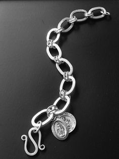 Handcrafted chain bracelet in Sterling Silver with Scapular & Miraculous medals Gemstone Colors, Miraculous, Colored Diamonds, Jewelry Design, Gemstones, Jewellery, Sterling Silver, Chain, Bracelets