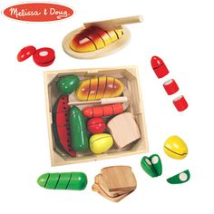 Melissa & Doug Cutting Food Box - Over 30 Pieces! - Suitable for 3 years & Up